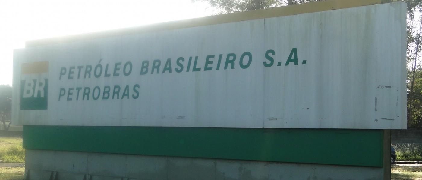Petroleiros da Revap reagem aos ataques de Pedro Parente